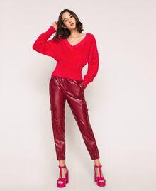 Pull en fil effet fourrure Griotte Femme 201TP3092-02
