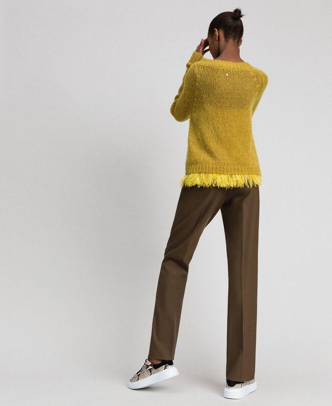 Pull en mohair et top avec plumes Jaune «Wasabi» Femme 192TT3275-04