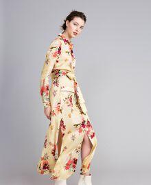 "Langes Hemdblusenkleid aus geblümtem Satin Print ""Tea Garden"" Rosa Frau PA829S-02"