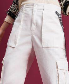 Pantaloni combat con pietre e borchie Bianco Neve Donna 192TP2583-02