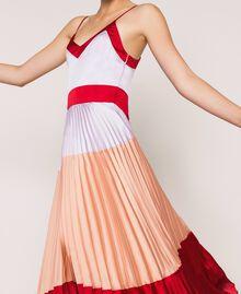 """Длинное платье-комбинация из плиссированного атласа Разноцветный Красный """"Лава"""" / Фиолетовый """"Балерина"""" / Телесный розовый женщина 201TP2310-04"""