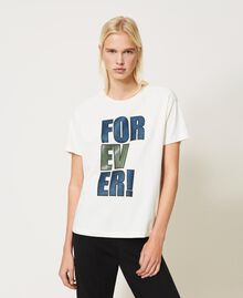 """T-shirt with glitter print """"Forever Mid Blue"""" / """"Off White"""" Floral Print Woman 202MP241B-05"""