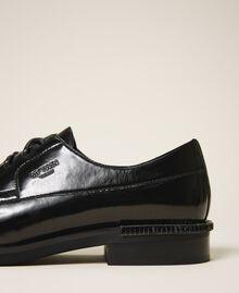 Туфли на шнуровке с декорированным каблуком Черный женщина 202MCT100-01