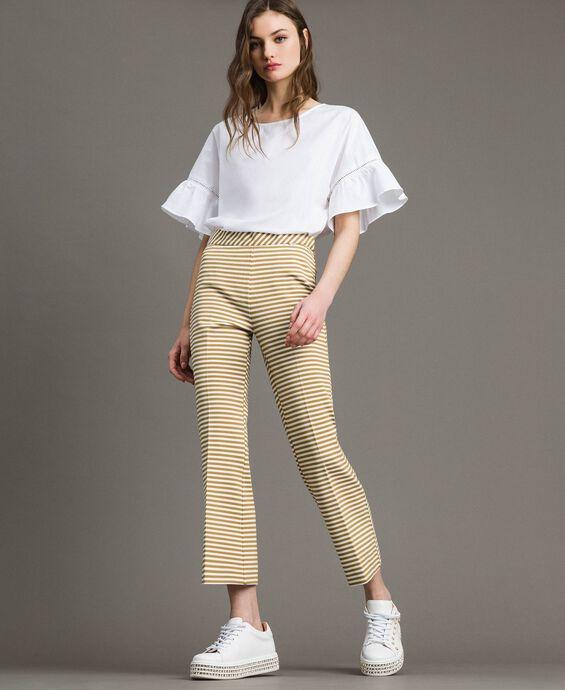Pantalon large à rayures bicolores