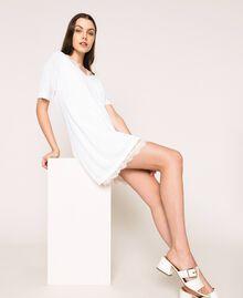 Mini-robe en lin mélangé avec fond de robe Noir Femme 201MT3021-05