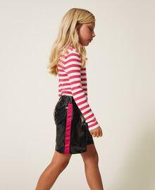 Shorts in Lackoptik Zweifarbig Schwarz / Pink Gloss Kind 202GJ213B-03