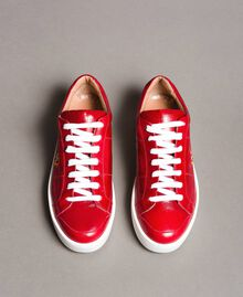 "Leder-Sneakers mit Schmetterlings-Stickerei ""Lipstick Red"" Rot Frau 191TCT09Y-04"