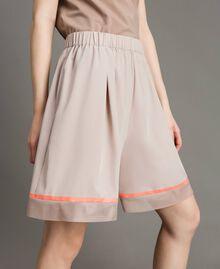 """Shorts in popeline con inserti in rete Grigio """"Grey Dust"""" Donna 191LL23SS-04"""