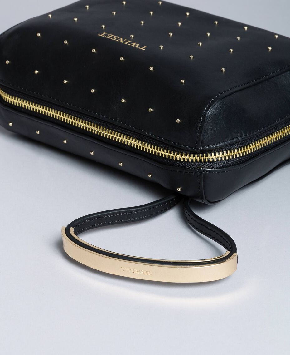 Studded leather beauty case Black Woman AA8PA2-01