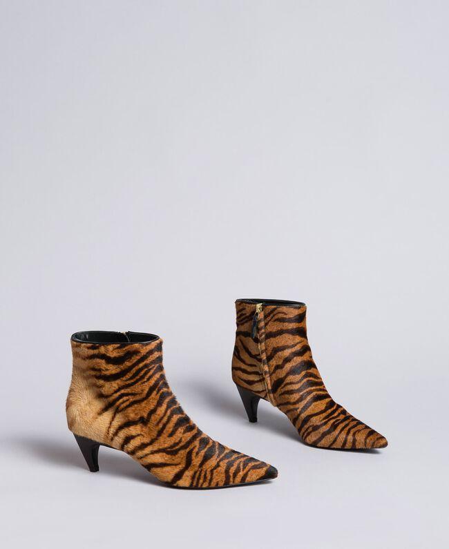 "Ankle-Boot mit Animalierprint Print ""Tiger"" Frau CA8TEC-03"