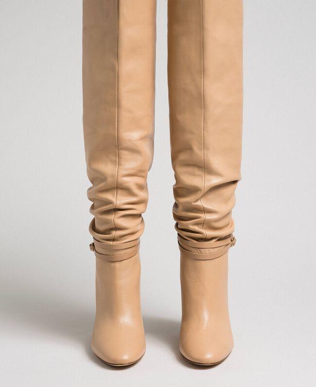 """Bottes cuissardes en cuir avec bride Beige """"Nude"""" Femme 192TCP106-04"""