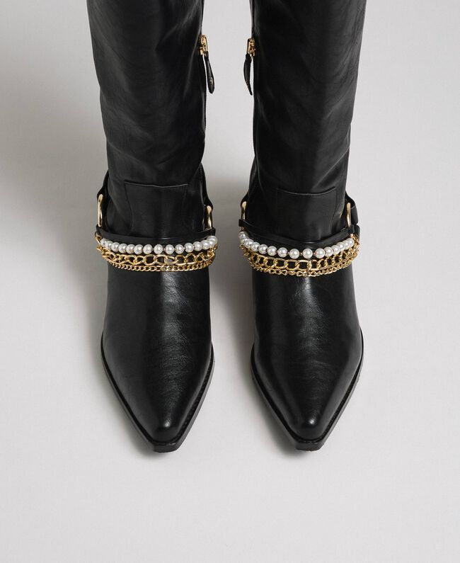 Texas boots with straps, chain and pearls Black Woman 192MCP014-04