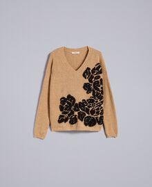Pull bicolore avec incrustation florale Bicolore Beige Cookie Fleur Noir Femme TA8393-0S