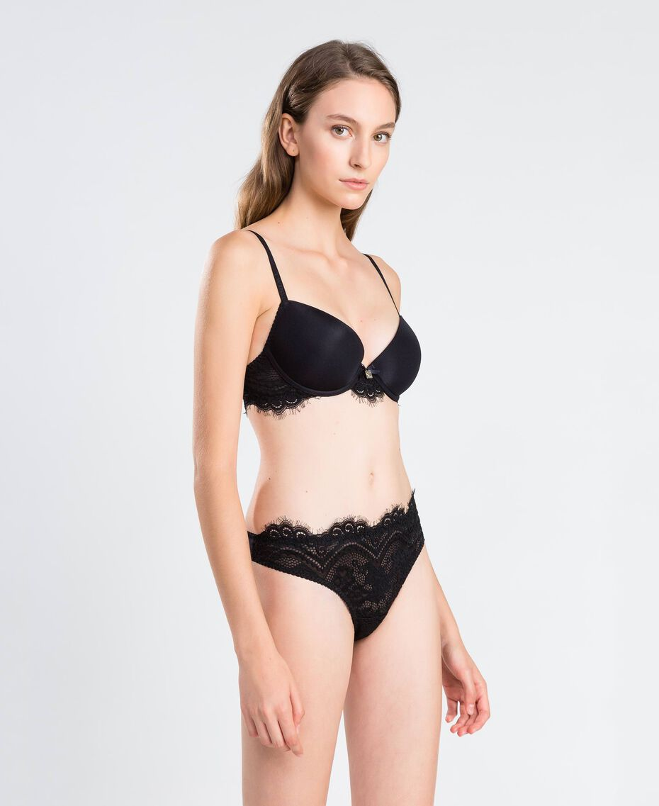Smooth push-up with scalloped lace (C cup) Black Woman IA8C3C-0S