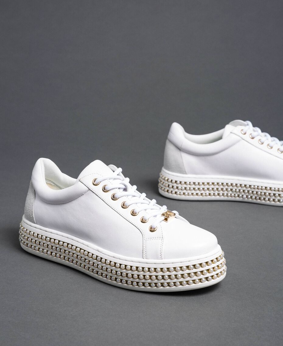 Platform sole trainers with pearls White Woman 192TCP06J-01
