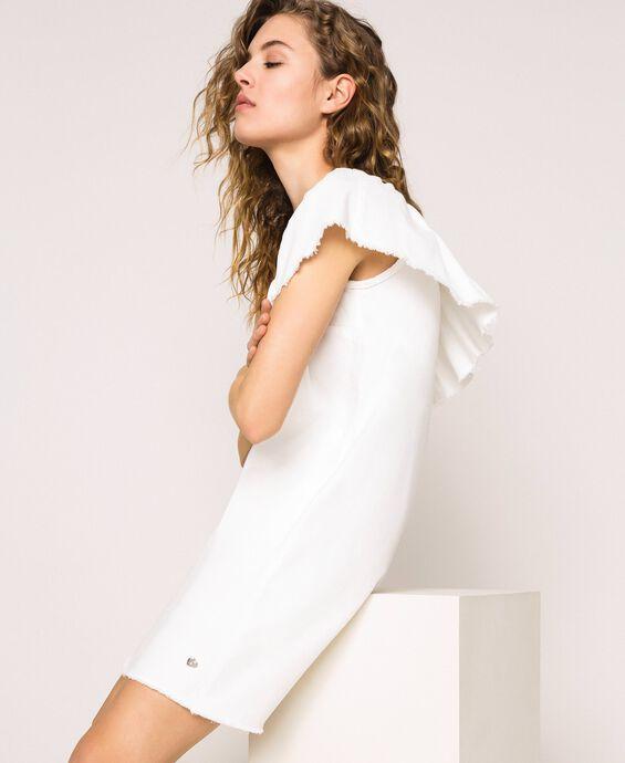 Платье из белого денима с воланом