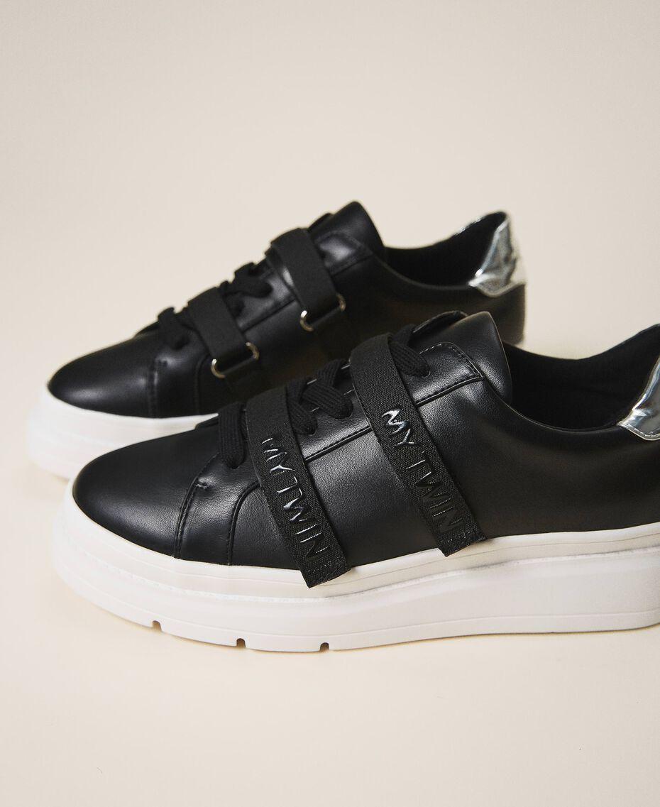 Sneakers aus Lederimitat mit Logo Schwarz Frau 202MCT010-01
