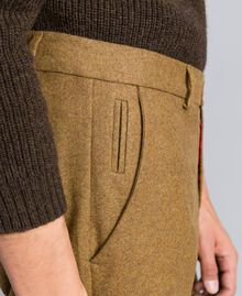 Hose aus Flanell Karamellbraun-Melange Mann UA82C1-05