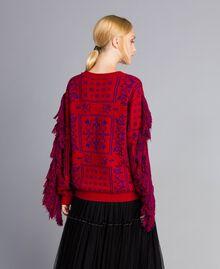 Maxi pull jacquard à franges Bicolore Violet Mûre / Rouge Cerise Femme QA8TBN-04