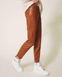 Pantalón pitillo de piel sintética Rojo Terracota Mujer 202LI2GDD-04