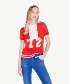 T-Shirt mit Rüschen Zweifarbig Feuerrot / Pergamentweiß Frau YS823L-01