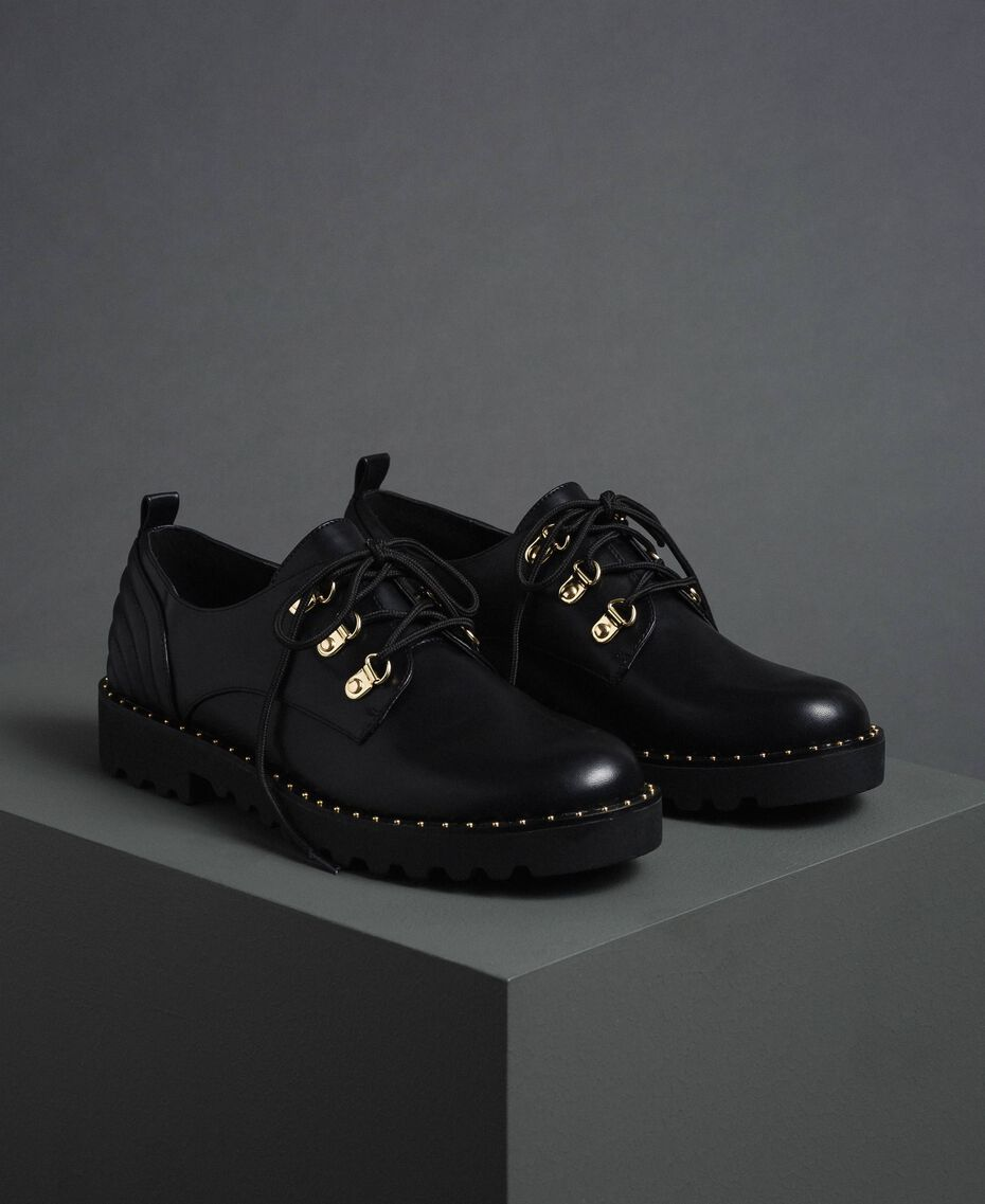 Tie up shoes with trekking-style fastening Black Woman 192MCP098-01