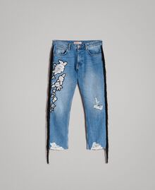 "Boyfriend jeans with floral patch and fringes ""Mid Denim"" Blue Woman 191TT2510-0S"