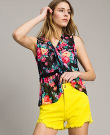 Cotton shorts with ripped details Fluorescent Yellow Woman 191MT2191-02