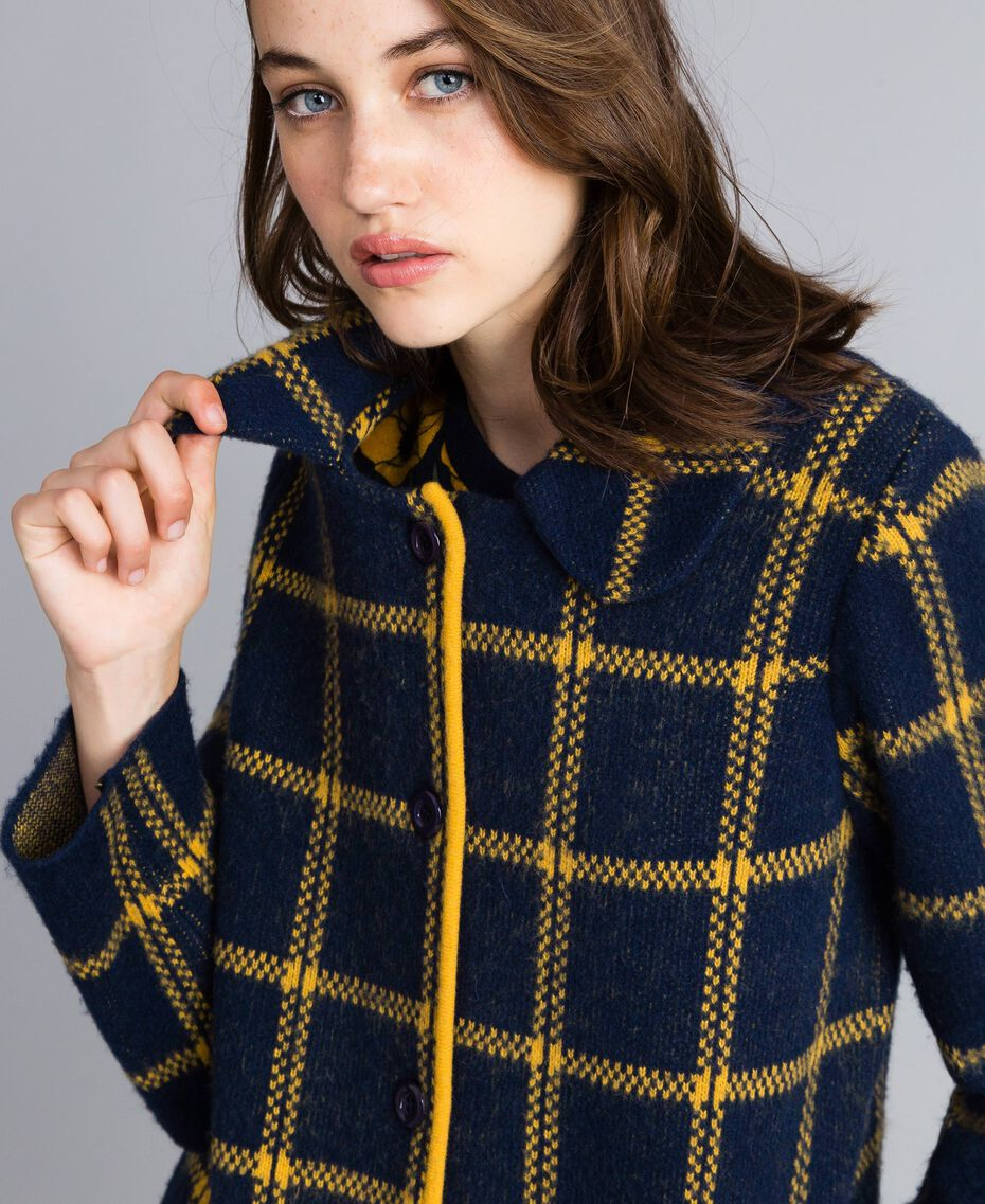 Manteau jacquard à carreaux all-over Bicolore Bleu Nuit / Jaune Doré Femme YA83HA-05