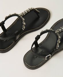Thong sandals with bezels and rhinestones Black Woman 211TCT044-04