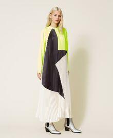 Robe longue «Agate» en satin plissé Jaune Fluo / Nacre / Gris «Canon de Fusil» Femme 212AT2097-05