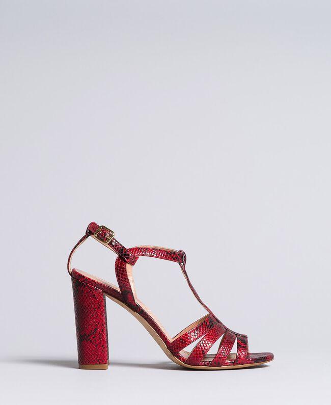 Sandalette aus Animalierleder Schlangenhaut Bordeaux Frau CA8PQ3-01