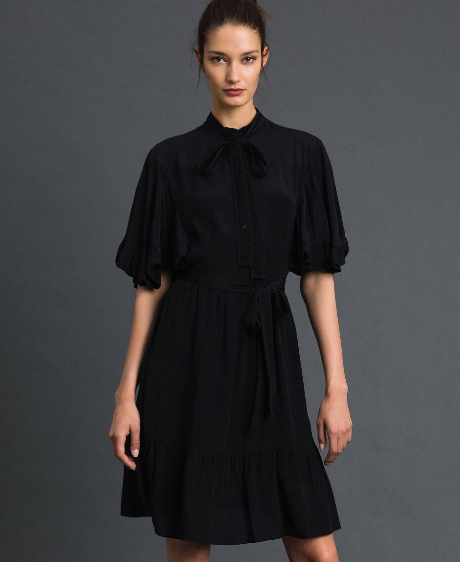 Robe en crêpe de Chine de soie mélangée Noir Femme 192TP2261-01