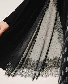 Maxicardigan aus Wollmischung mit Spitze Schwarz Frau 202TT3134-04