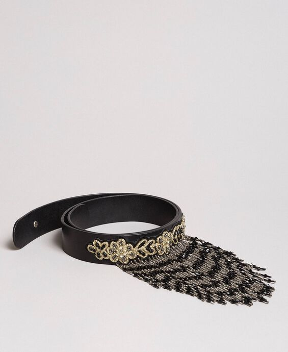 Leather belt with beaded fringes
