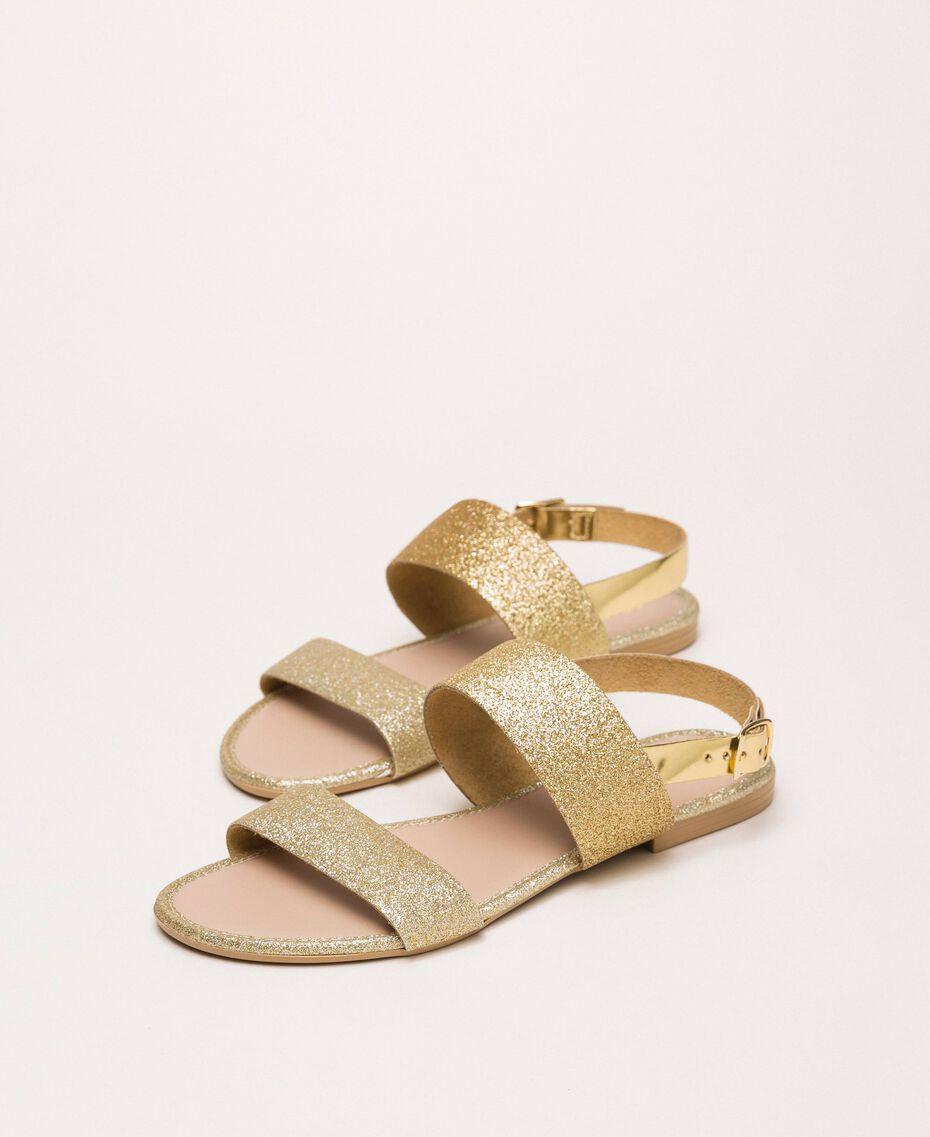 Flat sandals with glitter Glitter Platinum Gold Woman 201MCT014-01