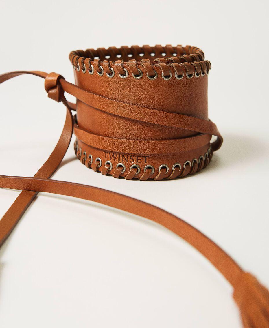 Bindegürtel aus Leder mit Ösen Schwarz Frau 211TO506C-01
