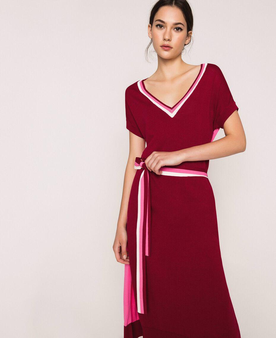 Vestido de punto bicolor con cinturón Bicolor Rojo «Púrpura» / Superpink Mujer 201ST3030-02