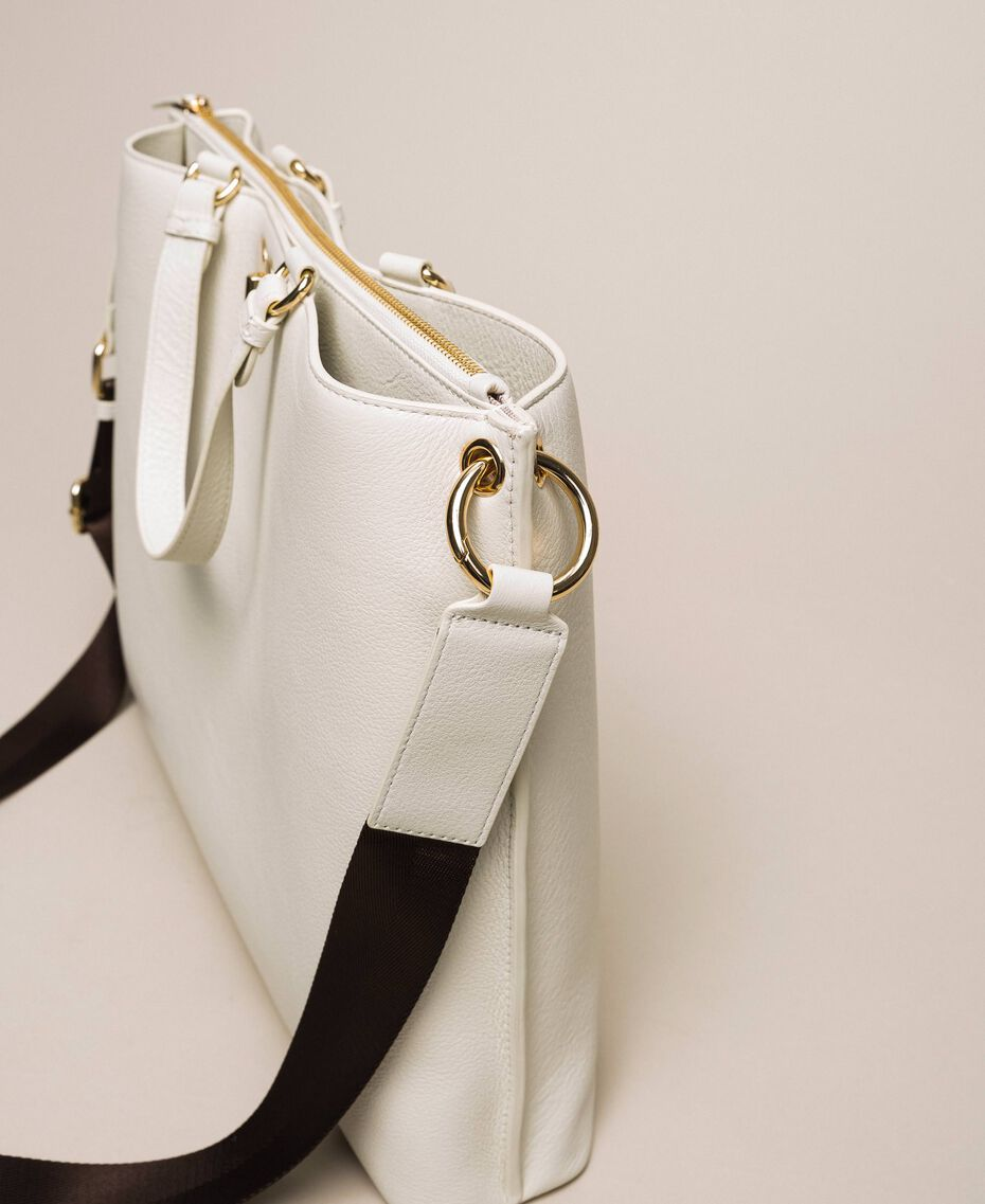 Grand cabas en cuir orné d'un cœur Blanc Neige Femme 201TA7052-03