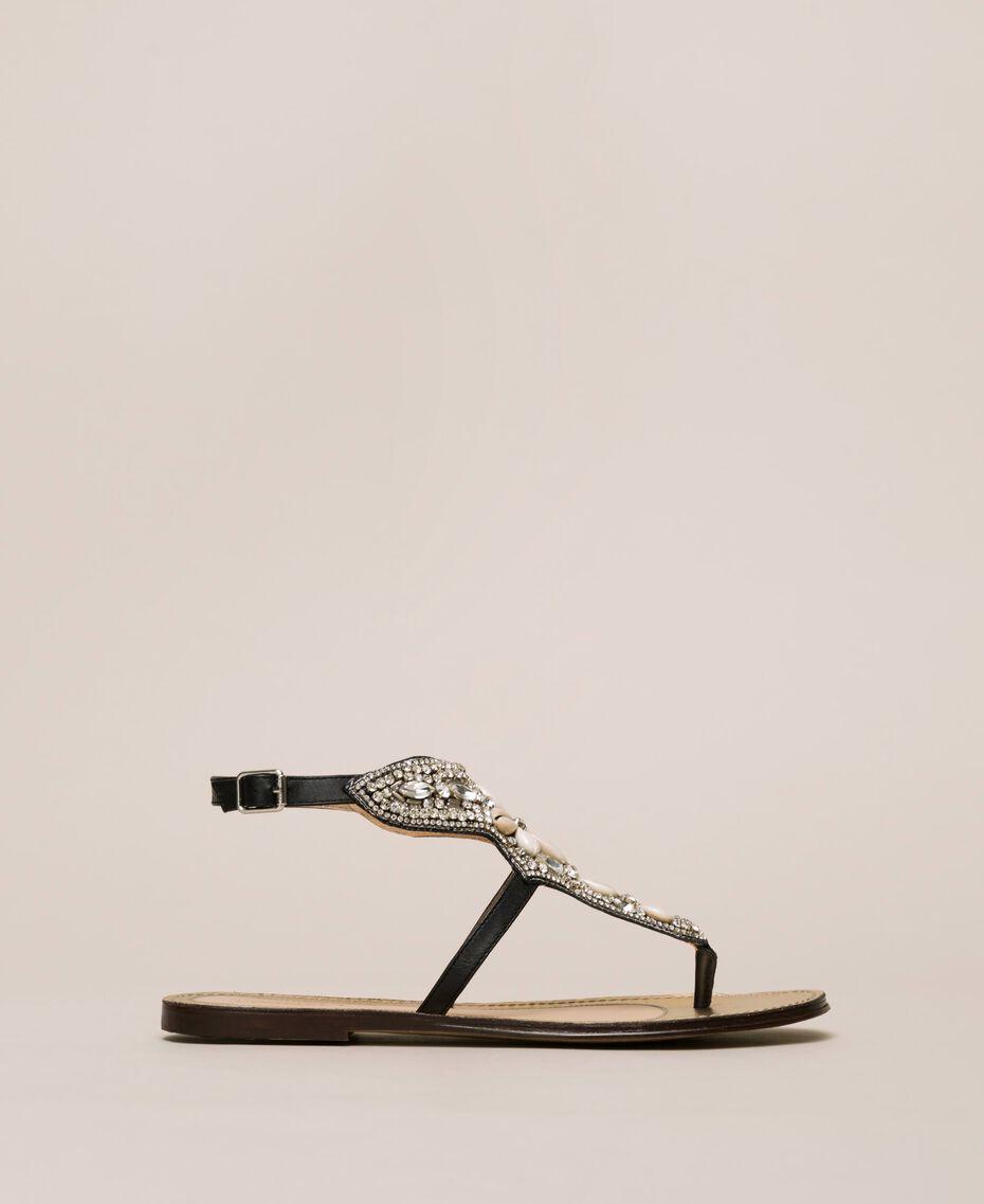 Flache Sandale aus Leder mit Stickerei Nougat Beige Frau 201TCT04E-02