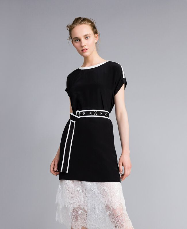 Robe en soie avec ruches Bicolore Noir / Blanc Neige Femme PA82EU-01