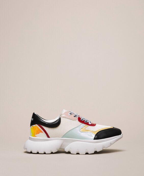 Chaussures de running en filet et vernis