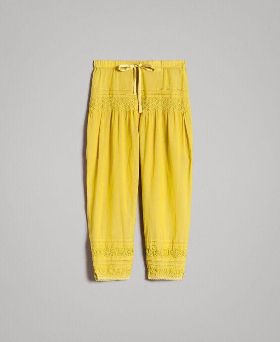 Pantalon en voile de coton avec broderie