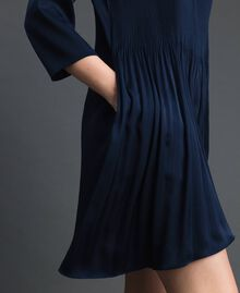 Plisseekleid mit Dreiviertelärmeln Nachtblau Frau 192ST2091-04