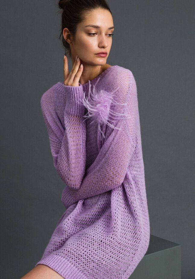 Robe courte en laine et mohair avec broche