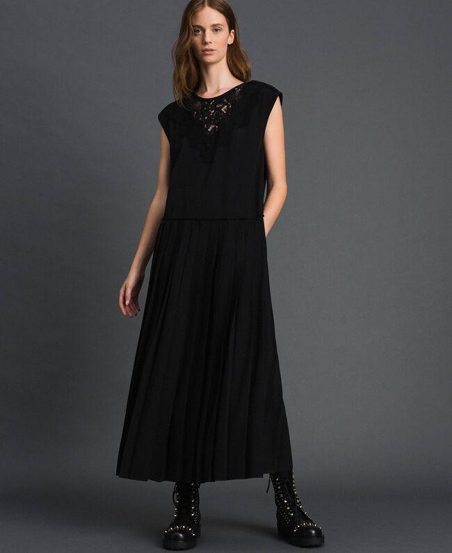 Robe en crêpe de Chine avec dentelle et plissé Noir Femme 192ST208C-01