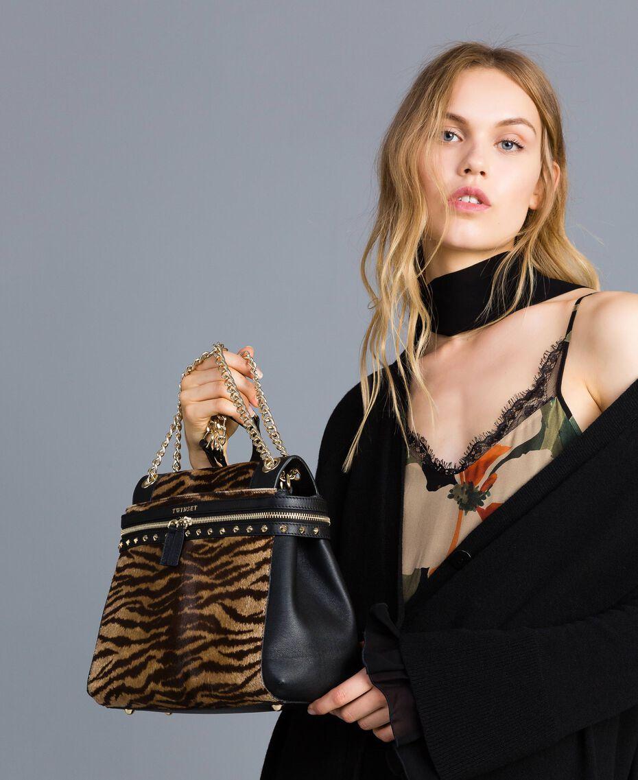 Sac Cécile Deux moyen en cuir et cuir effet poulain Imprimé Tigre Femme OA8TDQ-0S