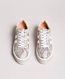 Baskets en cuir ornés de strass Imprimé Python Blanc Glace Femme 191TCP170-04