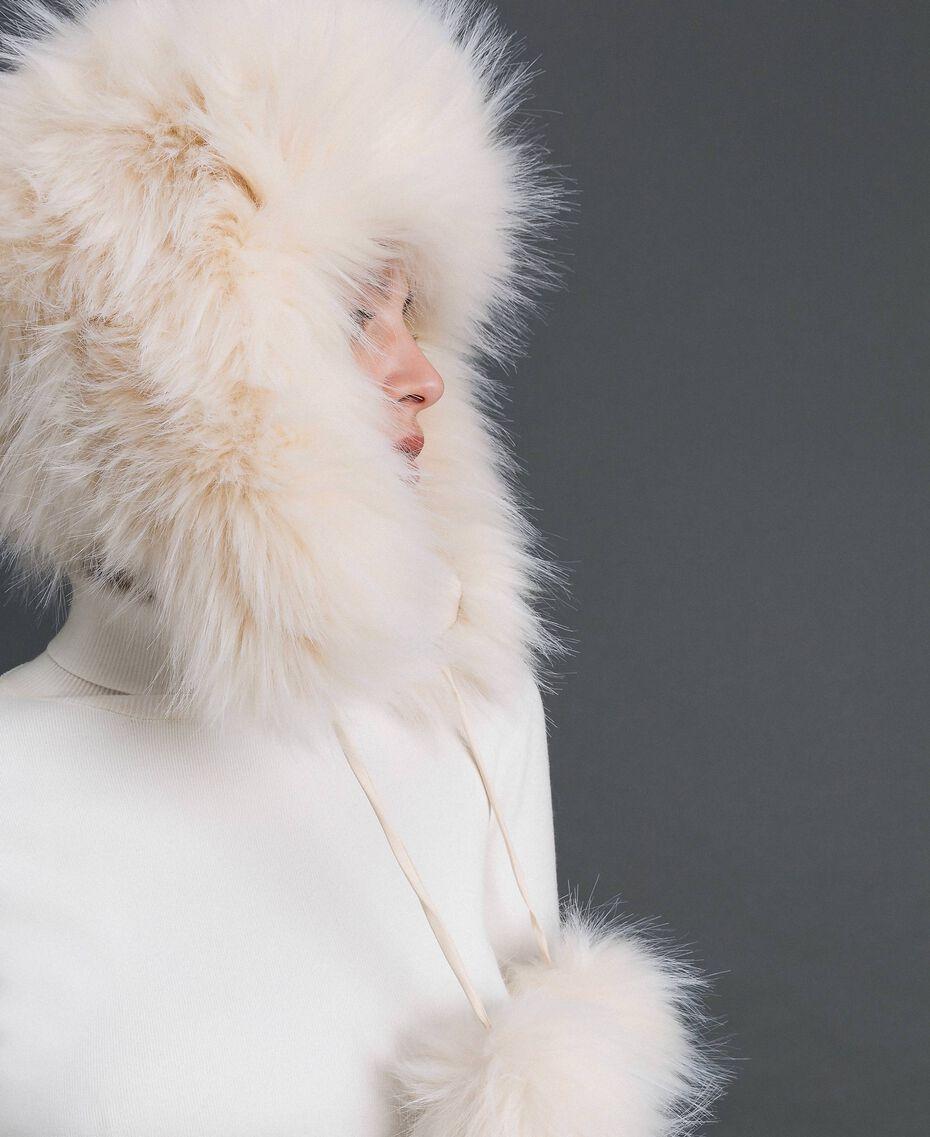 Gorro de piel sintética con pompones Blanco Vainilla Mujer 192MO5300-0T