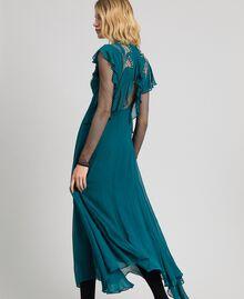 Robe longue en crêpe georgette avec broderies florales Bleu Vert minéral Femme 192TP2161-04